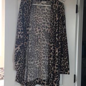 Leopard sweater/cardigan